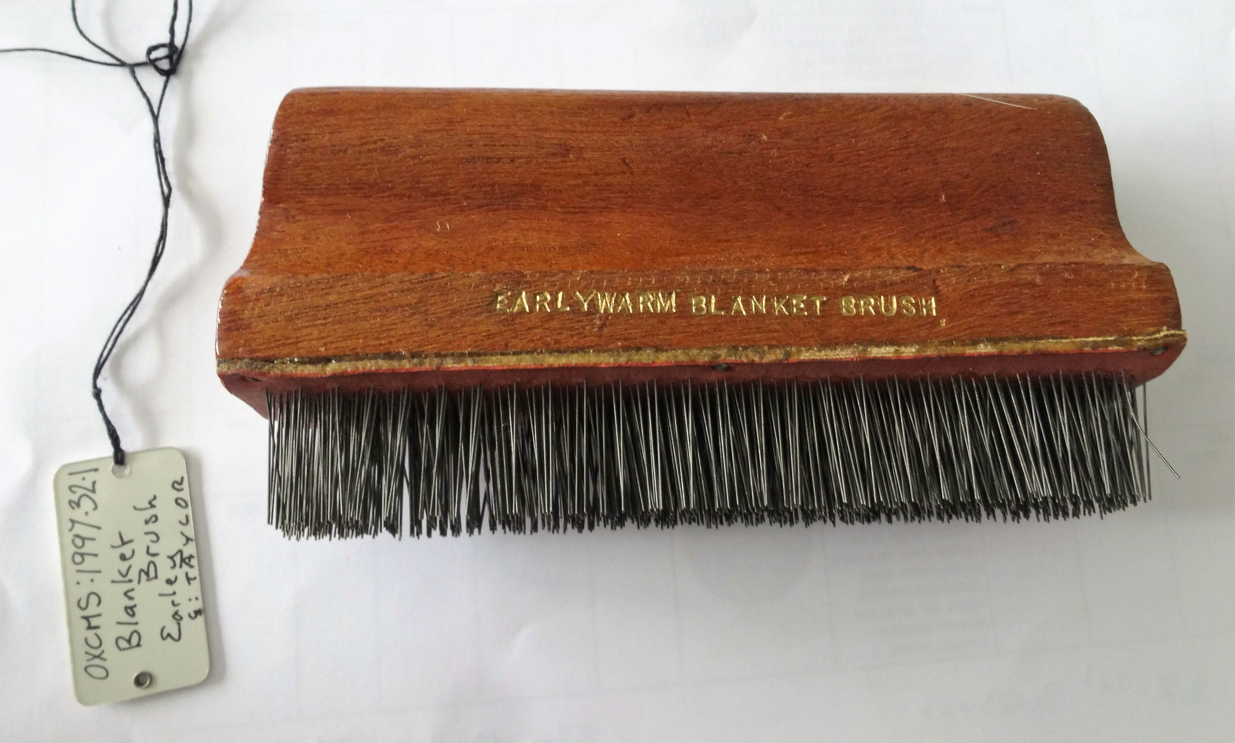 Witney blanket brush - Oxfordshire Museum resource centre