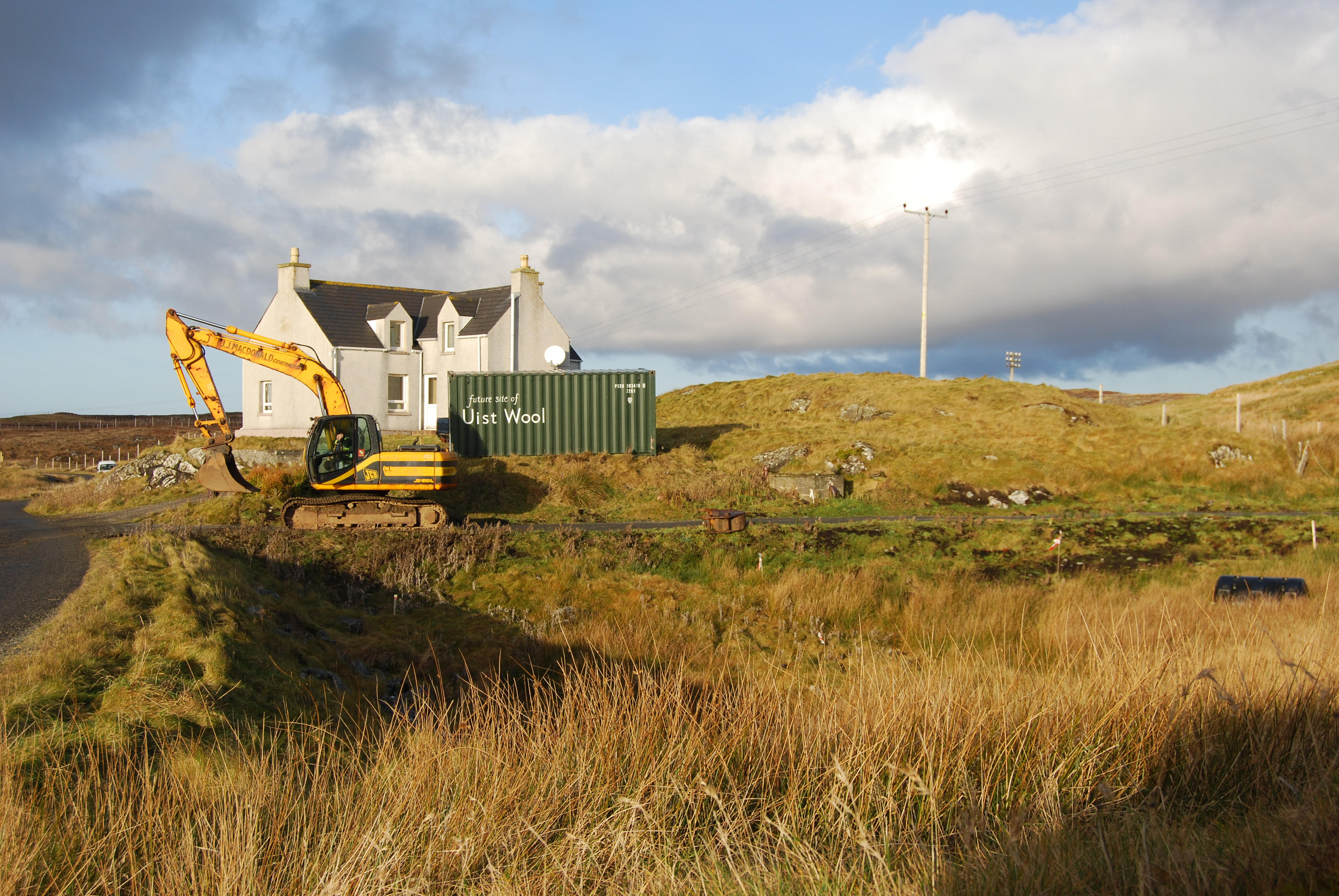 uist-6-construction-starts-on-the-mill-10-december-2012-the-house-was-the-base-for-uist-wool-2012-16